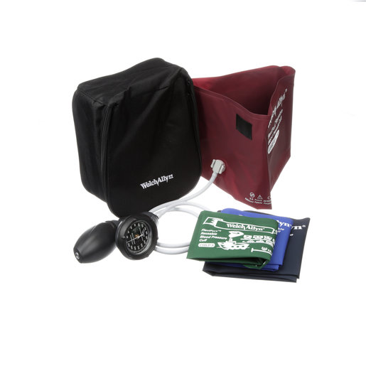 DS58 Hand Aneroid with Family Practice Cuff Kit and Nylon Zippered Case